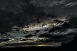 Dunkler Himmel – wie dunkle Gedanken