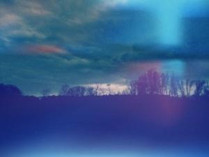 Grübeln dunkle Wolken